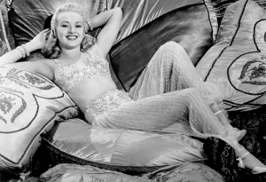 Betty Grable: #1 pinup WW2